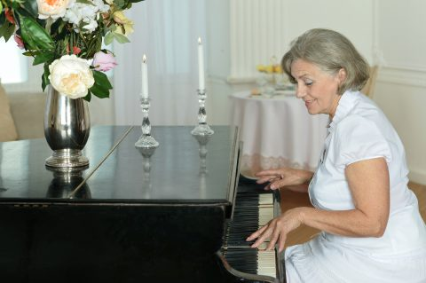 Health Benefits of Learning To Play Piano as a Senior