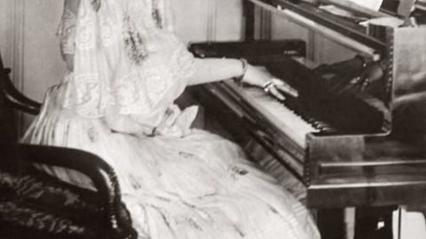 The History of Pianos